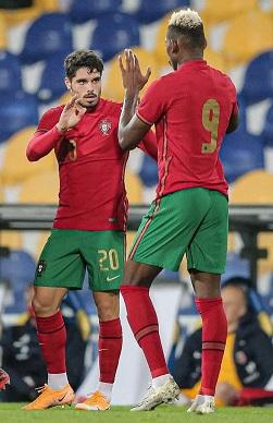 Cinq jeunes stars portugaises qui pourraient être prêtes pour un grand déménagement estival - Championnat d'Europe 2020