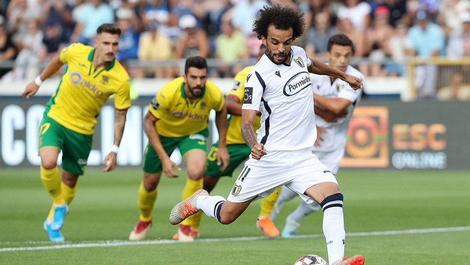 PortuGOAL Figure of the Week: Fábio Martins' brace keeps surprise ...